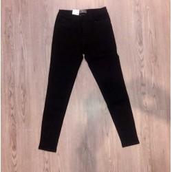 Quần jean đen