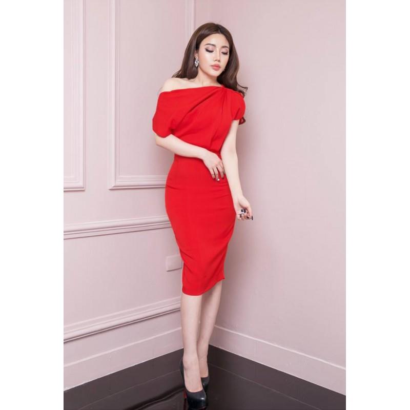 Bright red dress 400